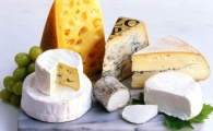 Can You Guess the 9 Healthiest Types of Cheese?