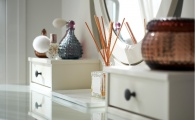 How to De-Clutter Your Vanity Once and For All
