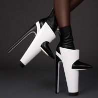 Killer Heels: 15 Shoes You Would Never, Ever Be Able to Walk In