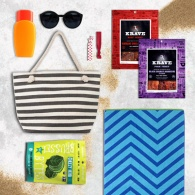 10 Slimming Snacks to Stash in Your Beach Bag