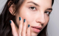 The Perfect Winter Nail Polish for Your Zodiac Sign, According to Astrologists