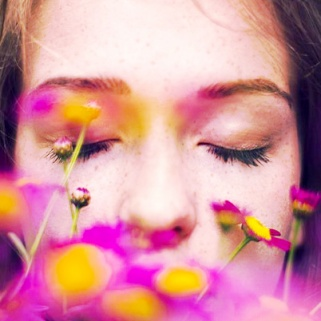 7 Ways to Save Your Skin During Allergy Season