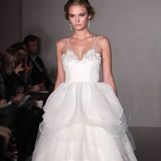 2013 Bridal Runway Looks You'll Want for Your Own Aisle Walk