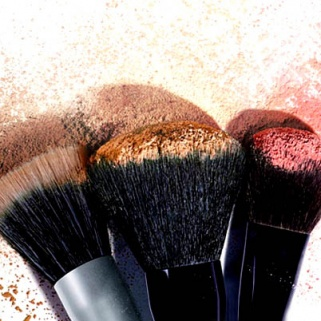 How to Clean Makeup Brushes When You're Lazy AF
