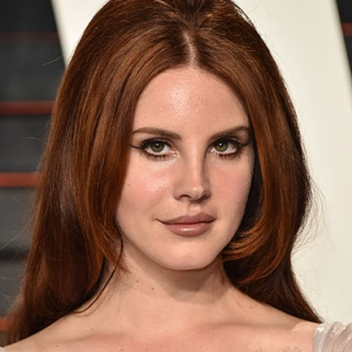 Here's How to Get Lana Del Rey's Makeup Look