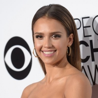 The Best Hair And Makeup At The People's Choice Awards