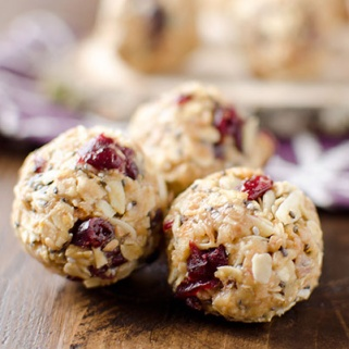 15 Yummy Protein Ball Recipes That Let You Fill Up Without Blowing Your Diet