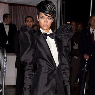 Rihanna's Style Icon? Princess Di