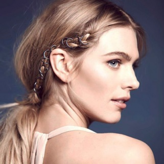 18 Hair Accessories That Work After 30