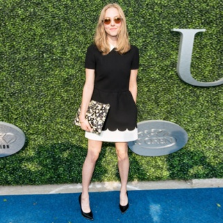 How to Recreate Amanda Seyfried's On-Point Red Carpet Look