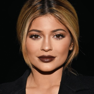 25 Kylie Jenner Beauty Looks That Will Wow Everyone -- Even Her Haters