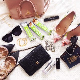 What Your Favorite Fashionistas Pack for Fashion Week