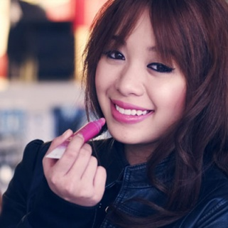 First Look: Beauty Blogger Michelle Phan's Makeup Line