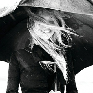 7 Must-Have Products to Fight Rainy-Day Frizz