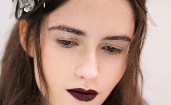 16 Ways to Rock Dark Lipstick in the Summer