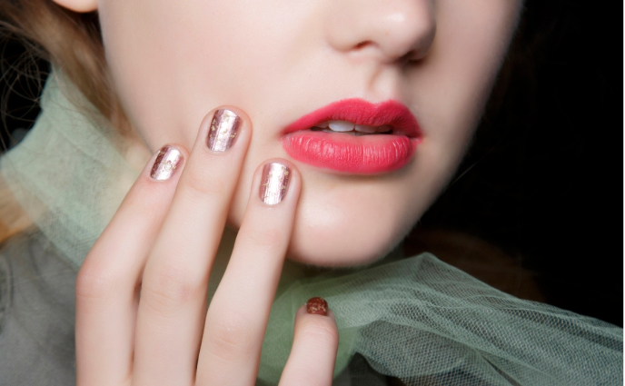 Hair Makeup And Nail Trends For Spring 2017