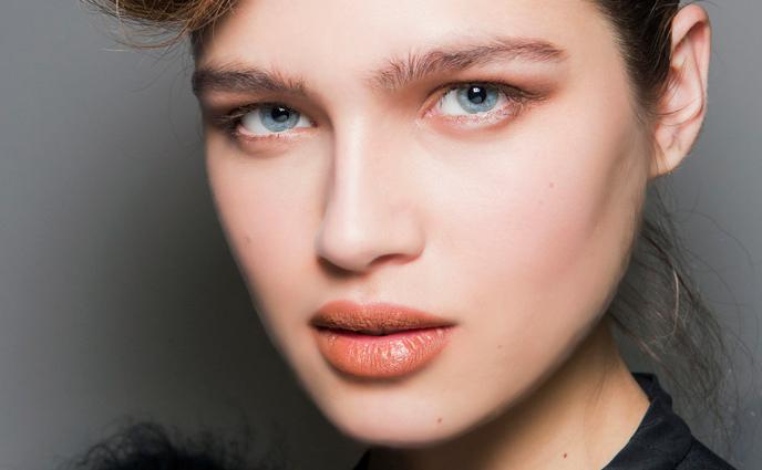 8 Makeup Artist Secrets for Fuller-Looking Lips