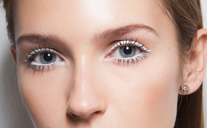c3ce0636238 12 Best Drugstore Mascara for 2019 — Drugstore Mascara Reviews
