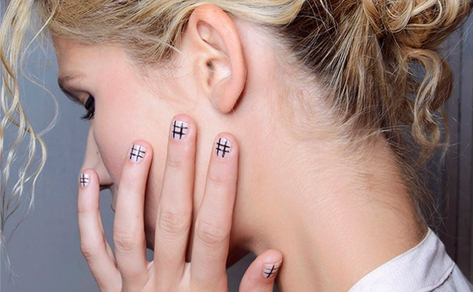 15 Knockout Nail Art Designs for Short Nails