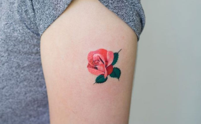 22 Small Tattoo Ideas For Women Tiny Tattoo Designs You Ll Love