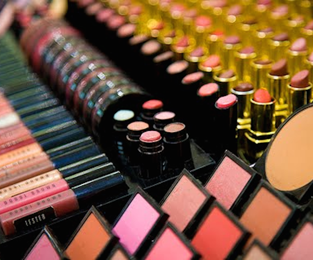 How To Behave At The Makeup Counter
