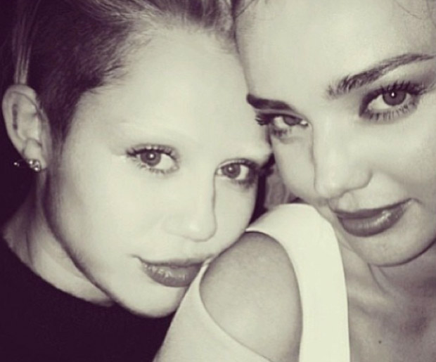 First Her Hair Now Her Eyebrows What Will Miley Get Rid Of Next