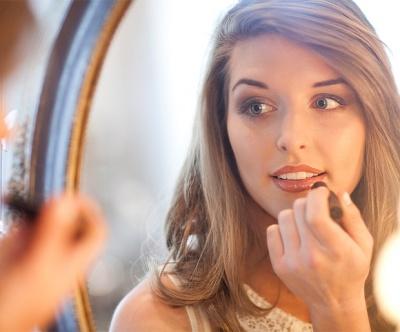 Best Makeup Lighting Tips for Perfect Makeup Application