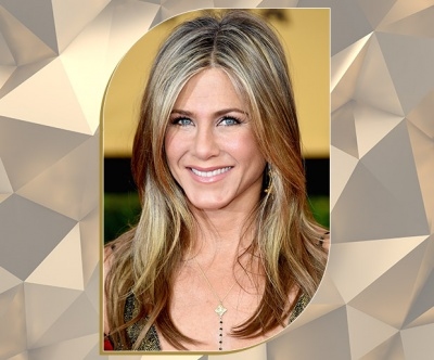 Effortlessly Chic Blonde Bronde on Jennifer Aniston