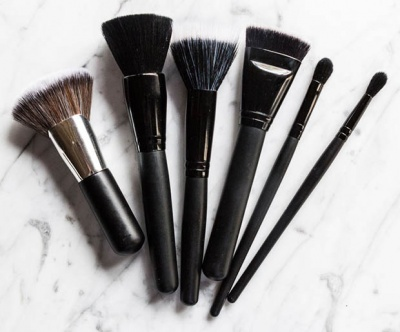 the best elf makeup brushes for beautylovers on a budget