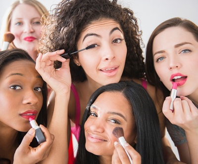 Here's What You Learn in M.A.C. Makeup Classes