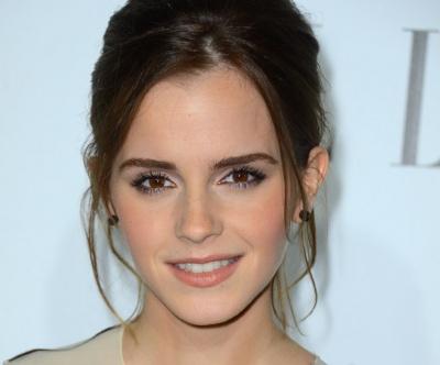 Matte Makeup: Matte Eye Shadow on Emma Watson