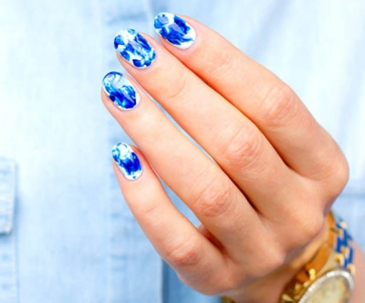 How to do water marble nails paint a coat of clear nail polish to seal in your water marble nail art prinsesfo Images