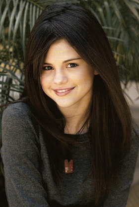 Thursday Throwback: Selena Gomez, 2006