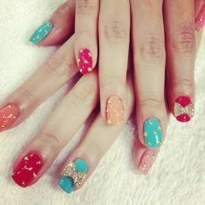 For the Hottest Nail Art on the West Coast, See Aiko at es NAILS