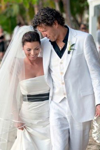 Shania Twain Says 'I Do' in Puerto Rico -- Steal Her Wedding Beauty Tips