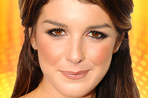 Top 10 Celebrity Makeup Looks for Brown Eyes
