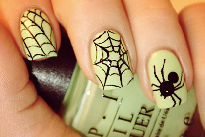 Yummy411t it here halloween nail designs super easy and super cute halloween nail art ideas prinsesfo Choice Image