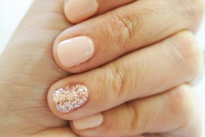 13 Best Nail Designs (For the 30+ Set)