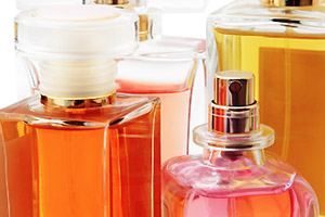 Quiz: Find Your Mom's Fave Fragrance -- Just In Time for Mother's Day