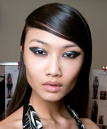 Asian make up application picture 459