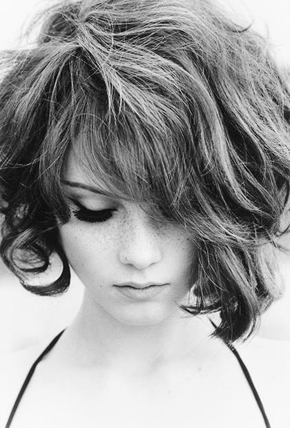 Best short haircuts for frizzy hair