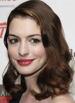 http://images.totalbeauty.com/uploads/editorial/lip-shape-personality/lip-shape-personality-anne-hathaway.jpg