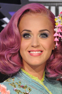 How to Copy Katy Perry's VMA Makeup