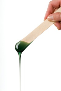 The Best Way to Remove Facial Hair at Home