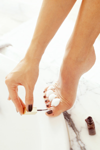 DIY Pedicure: How I Make My Feet Sandal Ready