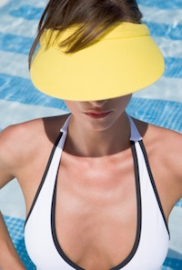 How a Sunblock Snafu Made Me Re-Evaluate Self-Tanner
