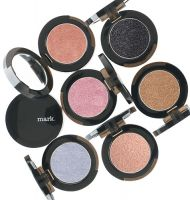 mark I-Glimmer Illuminating Eye Color