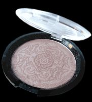 Global Goddess Goddess Ice Floating Diamonds Face and Body Shimmer