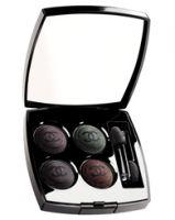 Chanel Quatuor Boutons De Chanel Les Folies Noires