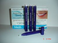 Blush Professional Teeth Whitening Pen